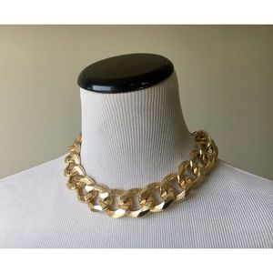 H&M Gold Choker Chain Necklace EUC